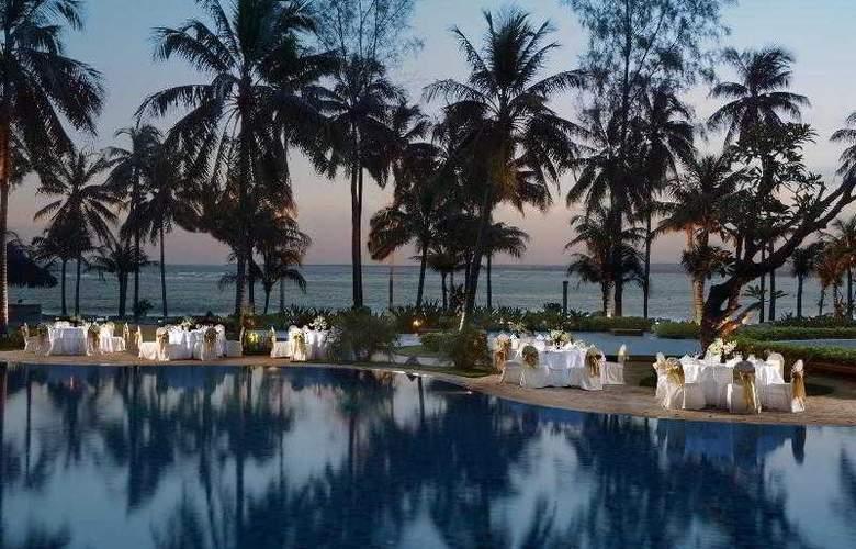 Le Meridien Khao Lak Beach and Spa Resort - Pool - 76
