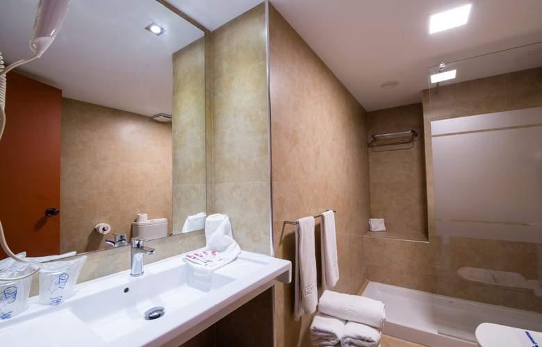 Helios Apartamentos - Room - 8