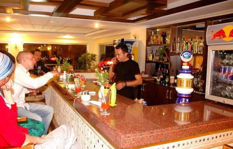 Hera Park Hotel - Bar - 7