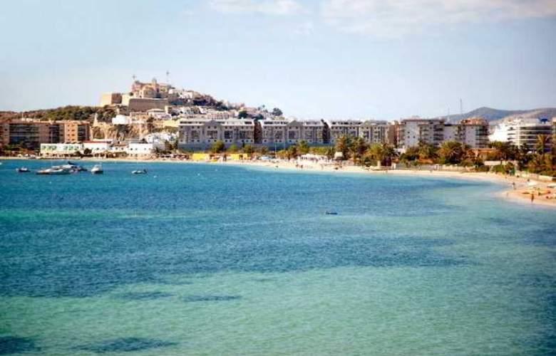 Ses Figueres - Beach - 15