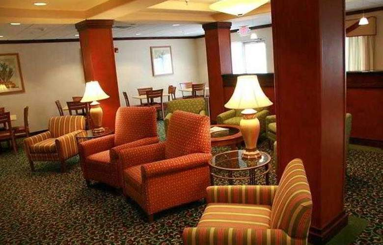 Fairfield Inn & Suites Toledo North - Hotel - 6