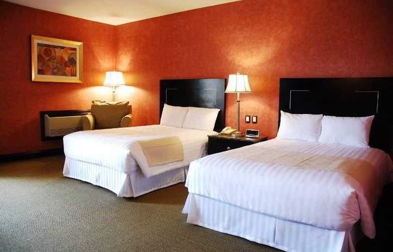 Howard Johnson Royal Garden Reynosa - Room - 4