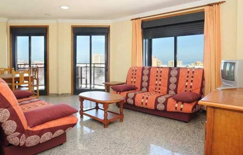 Apartamentos Nuria Sol - Room - 1