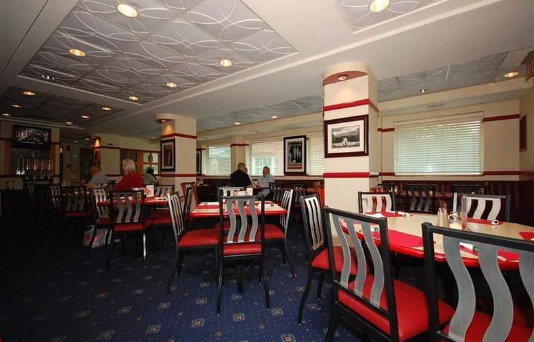 Best Western Rosslyn/Iwo Jima - Restaurant - 60