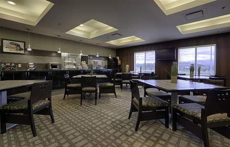 Best Western Wine Country Hotel & Suites - Restaurant - 81