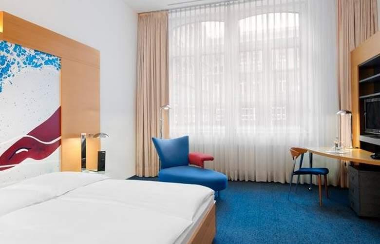 Select Berlin Ostbahnhof - Room - 16