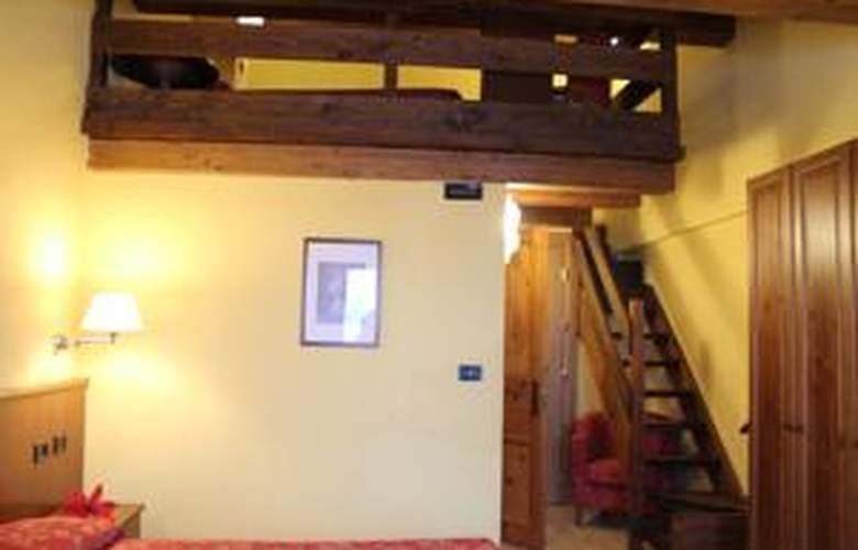 Hotel Mont Blanc - Room - 14