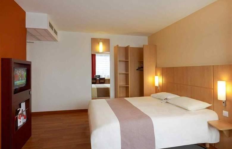 Ibis Warszawa Reduta - Room - 14