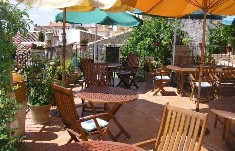 Palacio Guzmanes Hospederia Rural - Terrace - 7