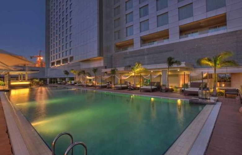 JW Marriott Hotel Pune - Pool - 29
