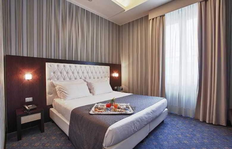 Naples - Room - 1