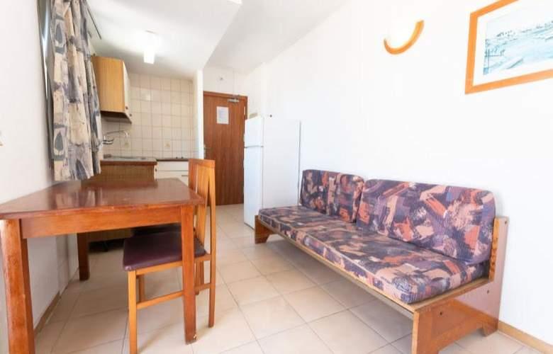Almonsa Playa - Room - 11