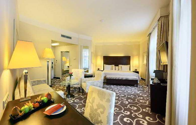 Grand Hotel Bohemia - Room - 3