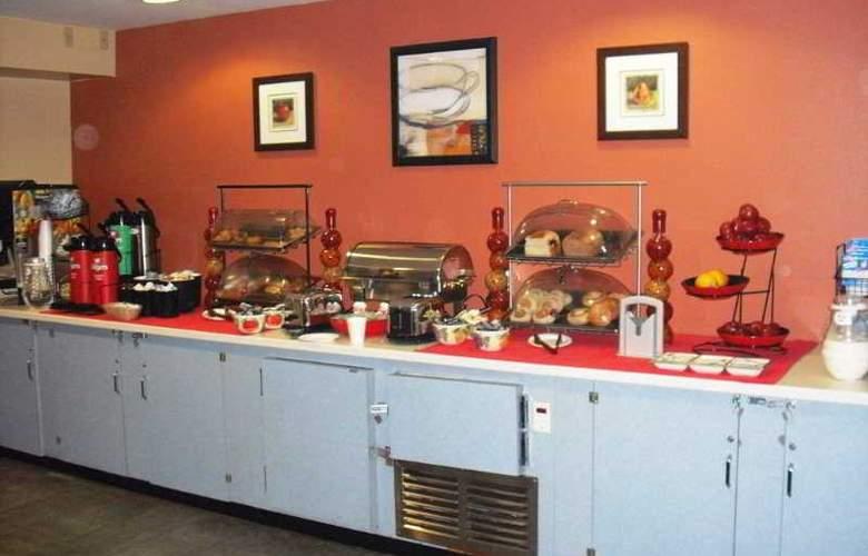 Ramada Jersey City - Restaurant - 4