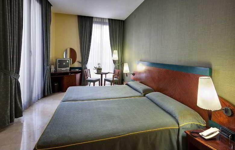 Gran Barcino - Room - 9