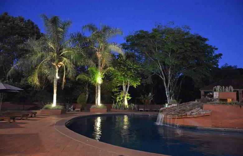 Marcopolo Suites Iguazu - Pool - 4
