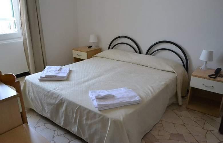 Esperia - Room - 3
