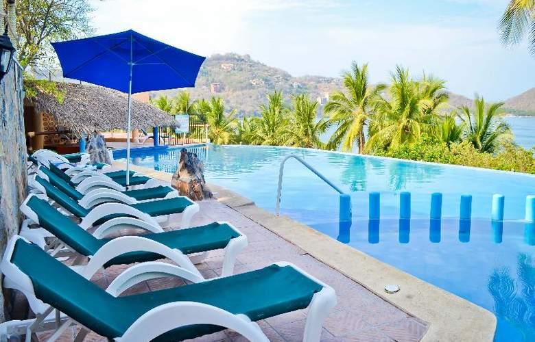 Catalina Beach Resort - Pool - 23