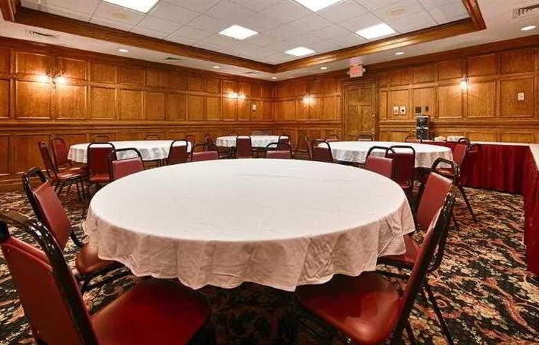 Best Western Greenfield Inn - Hotel - 50