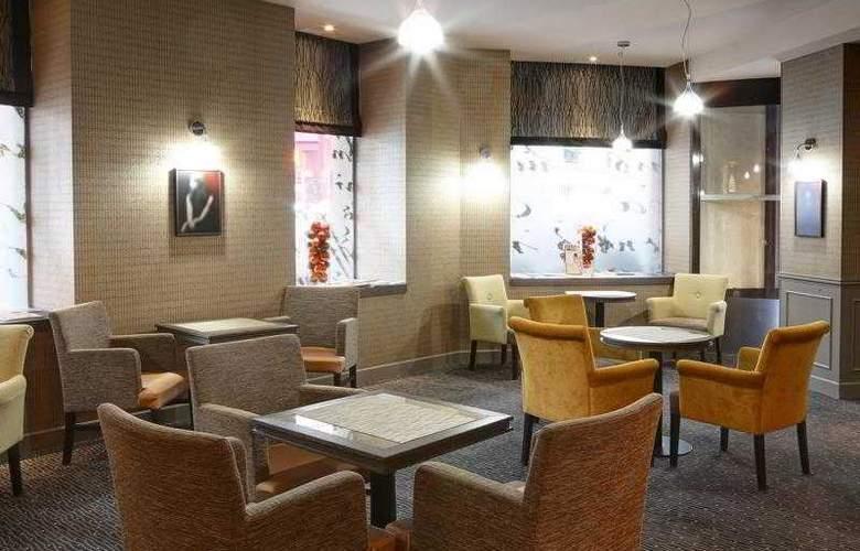 Best Western Hôtel Littéraire Premier Le Swann - Hotel - 57