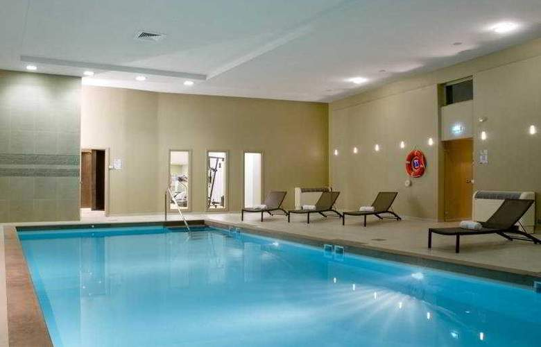 Holiday Inn Mulhouse - Pool - 3