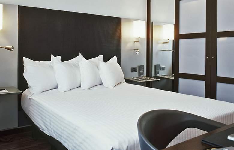 Ac Algeciras - Room - 2