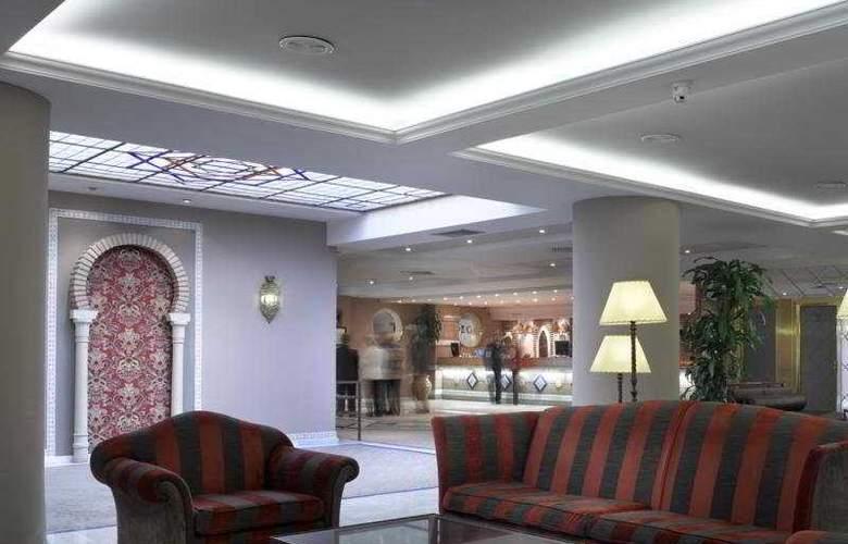 Macia Alfaros - Hotel - 4