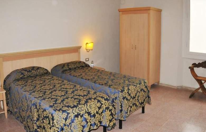 HHB Firenze Santa Maria Novella - Room - 5