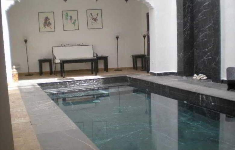 Riad Dar Bounouar - Pool - 9