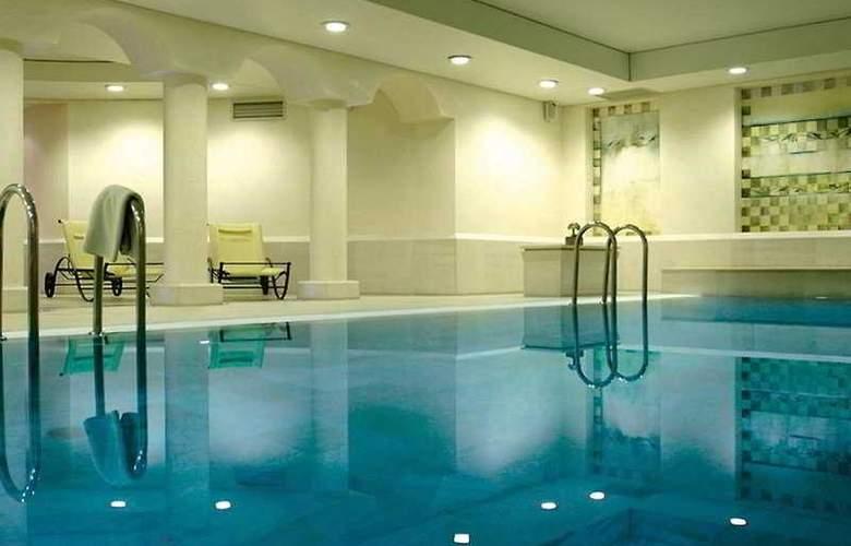 Mamaison Hotel Le Regina Warsaw - Pool - 7