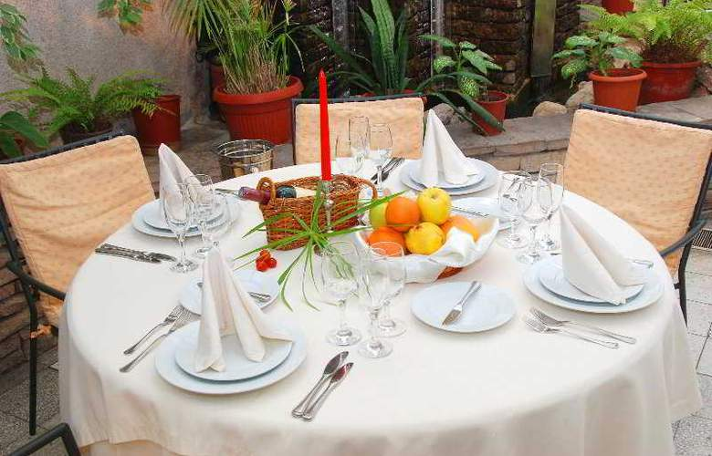 Bulgaria - Restaurant - 9