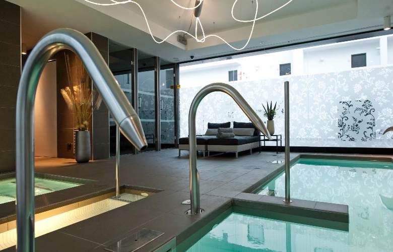Migjorn Ibiza Suites And Spa - Pool - 14