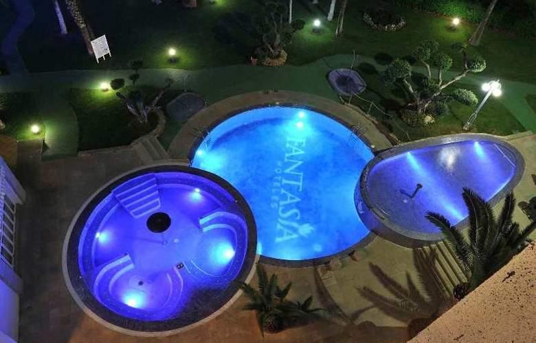 Gran Hotel Las Fuentes - Pool - 5