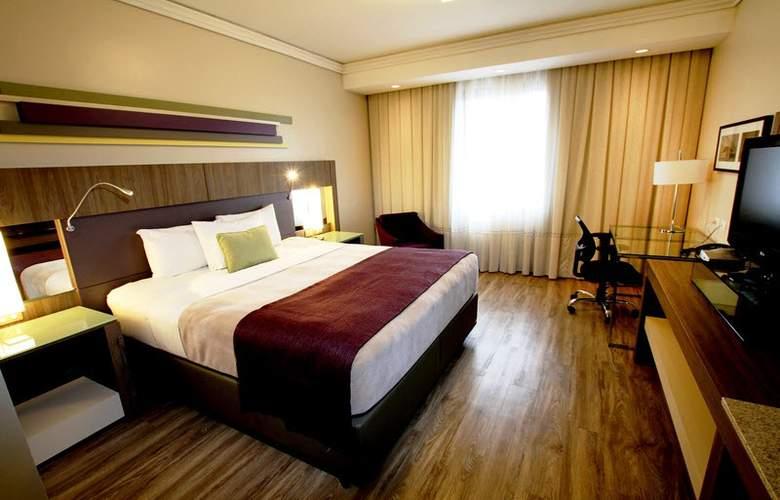Ramada Plaza Curitiba Rayon - Room - 15