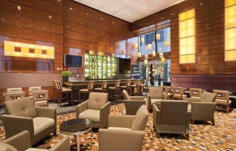 Millennium Hilton New York Downtown - Bar - 6