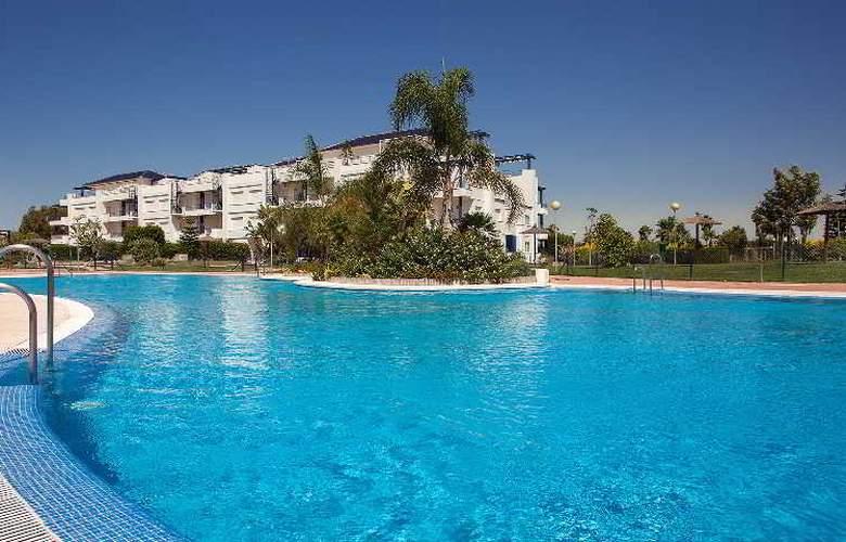 Sun & Life Costa Ballena - Pool - 16
