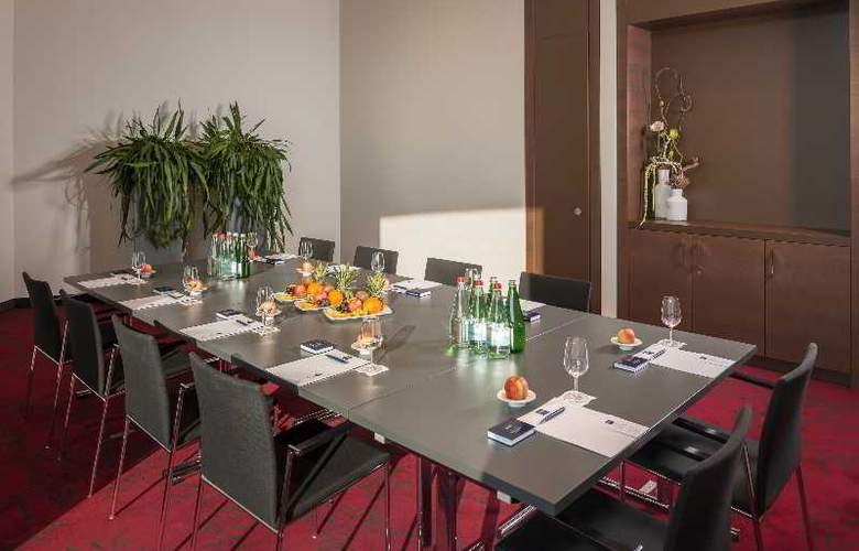 Dorint Airport-Hotel Zurich - Conference - 10