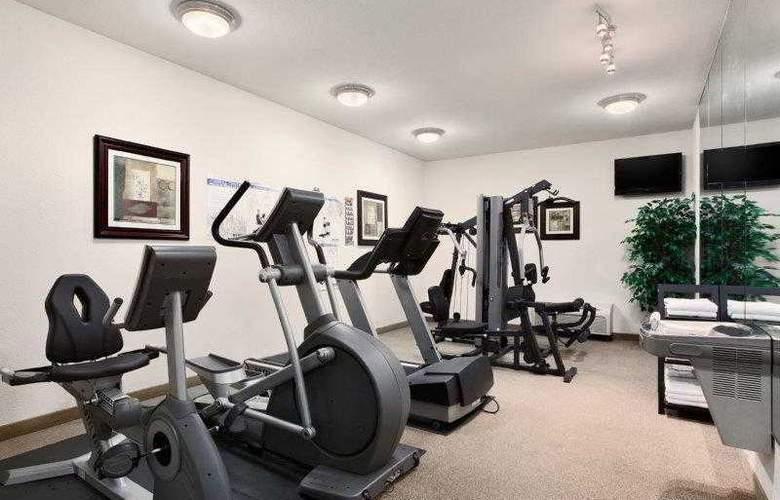 Best Western Plus Piedmont Inn & Suites - Hotel - 17
