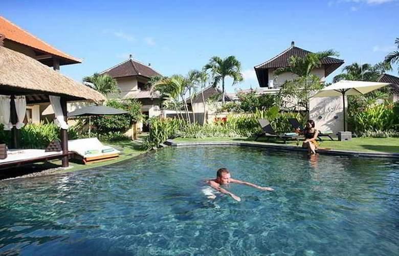 Villa Diana Bali - Pool - 19