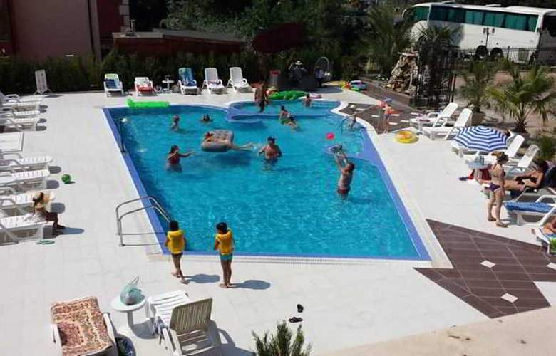 Bahami Residence - Pool - 7