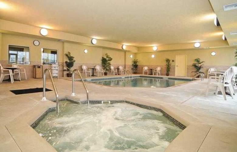 Best Western Butterfield Inn - Hotel - 37