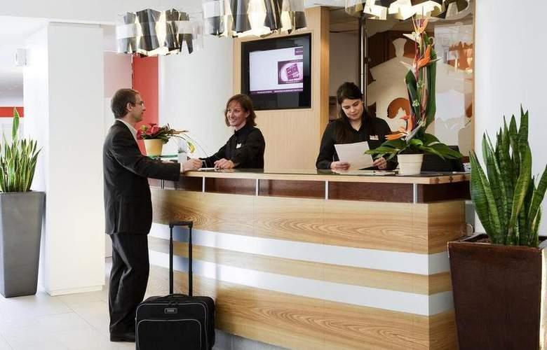 Mercure Pau Palais Des Sports - Hotel - 28