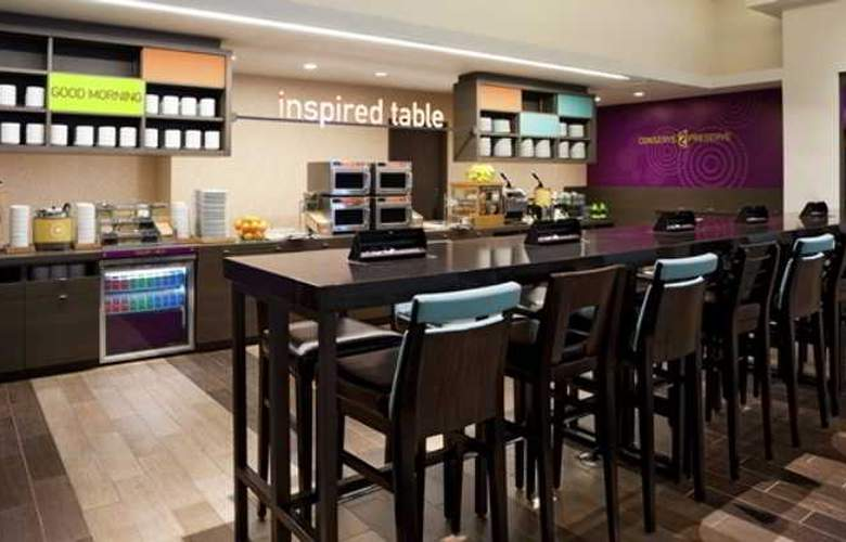 Home2 Suites Florida City - Restaurant - 2
