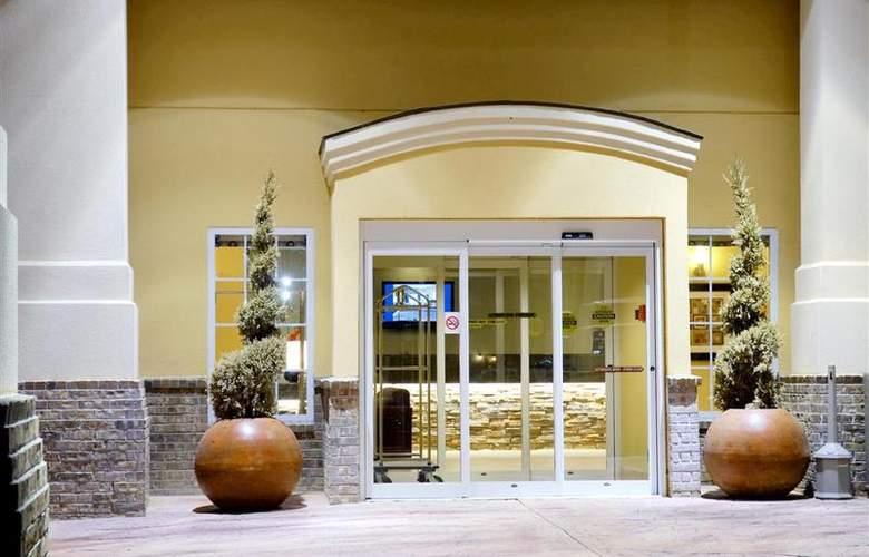 Best Western Plus Eastgate Inn & Suites - Hotel - 52