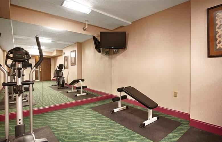 Best Western Suites - Sport - 45