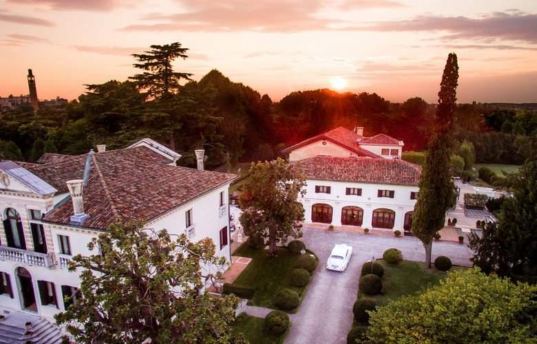 Villa Franceschi - Hotel - 0