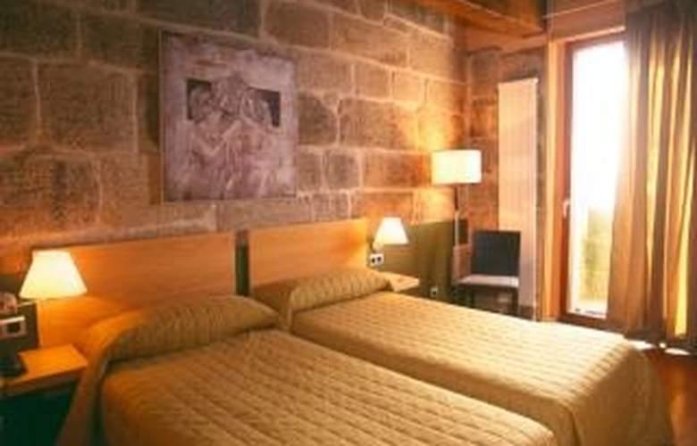 Monumento Castelo de Maceda - Room - 4