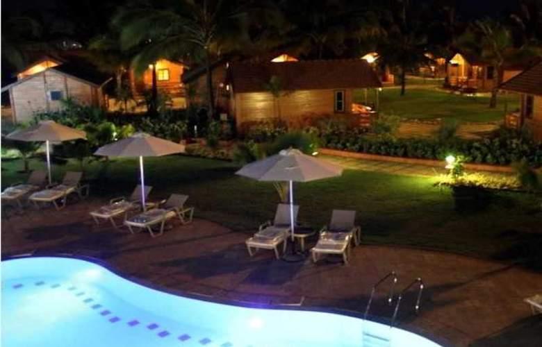 The Fern Beira Mar Resort - Pool - 2