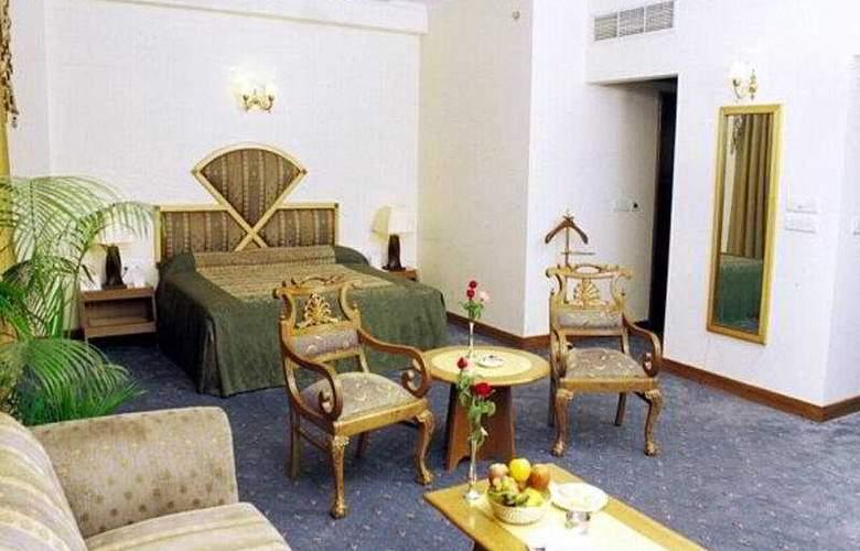 Meraden Grand - Room - 6