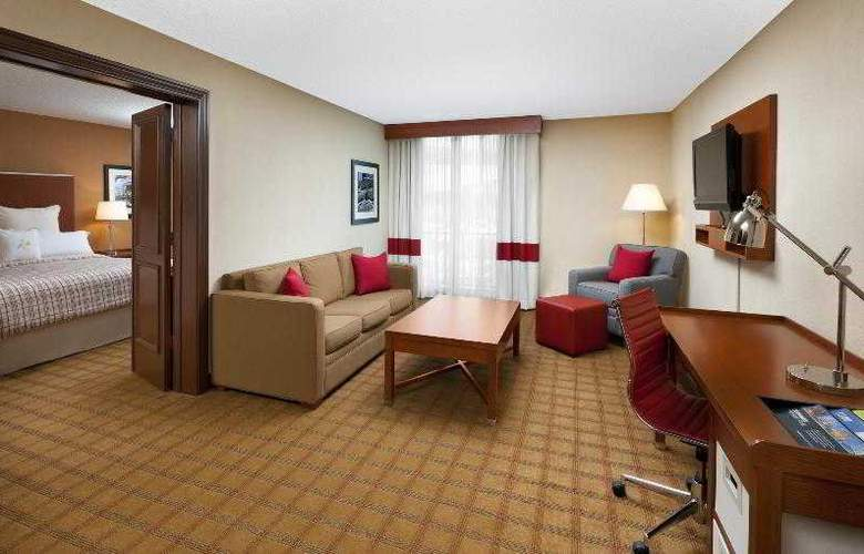 Four Points by Sheraton Houston Memorial City - Room - 16